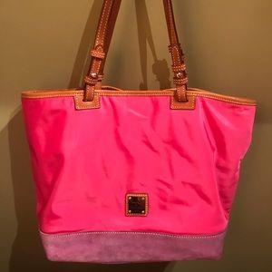 Handbags - Dooney & Bourke Tote